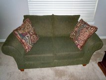 Love Seat, Sofa in Tacoma, Washington