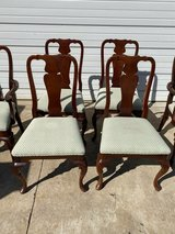 6 dining room chairs good condition in Naperville, Illinois