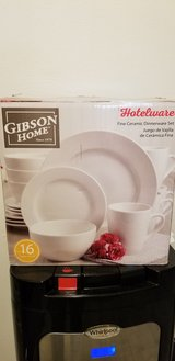 Gibson Home 16 Piece Dinnerware Set (White) in Fort Carson, Colorado