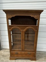 Oak display cabinet glass shelves good cond in Naperville, Illinois