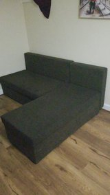 Sectional w/ Hideaway Bed in Quantico, Virginia