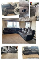 three piece sectional couch recliner in Okinawa, Japan
