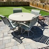 Patio table and 4 chairs in 29 Palms, California