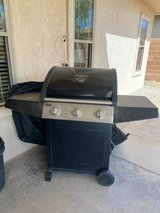 Never been used gas grill in Alamogordo, New Mexico