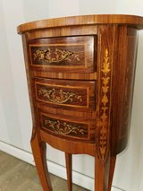 SMALL  Wooden CHEST with DRAWERS & marquetry work CONSOLE  Side Table ornament furniture.  Kommo... in Wiesbaden, GE