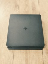 Playstation 4 Slim (500GB) w/2 controllers, and PS4 Bluetooth Headset in Wiesbaden, GE