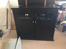 TV Cabinet with lift system, needs fixing. in Alamogordo, New Mexico