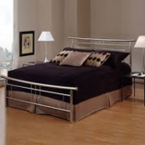 PCS:Metal Bed Queen Size (Perfect Condition) in Wiesbaden, GE