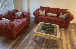 Beautiful Sofa & Loveseat set...Excellent, like new condition! in Naperville, Illinois