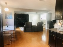Granny Flat apartment- Modern, Private entrance and yard! Driveway Parking, Stainless steel kitc... in Camp Pendleton, California