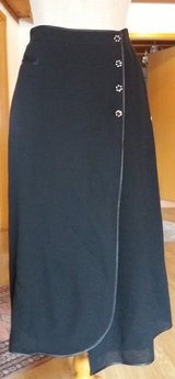 Wrap Around Skirt in MacDill AFB, FL
