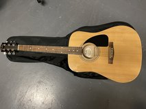 Fender FA 100 acoustic guitar w/ soft cover in Fort Bliss, Texas
