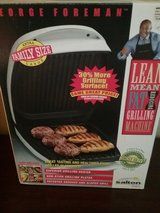George Foreman GR26CB Family Size Extra Large Grill in Warner Robins, Georgia