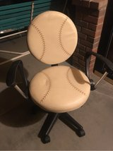 desk chair in Yucca Valley, California