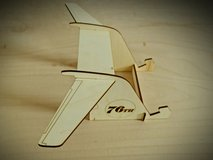 Airplane Tail Tablet Stand in Baumholder, GE