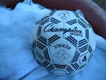 Champion Sports soccer ball #4 size in Baumholder, GE