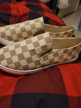 ladies shoes  91/2 new in Lawton, Oklahoma
