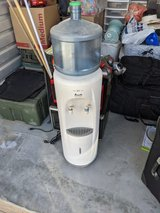 Water Despenser, Table Top Oven,  Microwave in 29 Palms, California