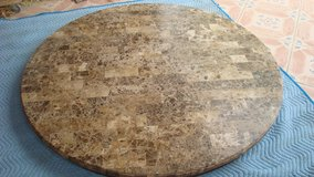 60 inches diameter marble table top in excellent condition in Fort Bliss, Texas