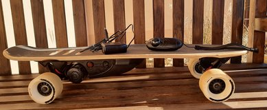 Electric skateboard RazorX Cruiser with box-good condition in Spangdahlem, Germany
