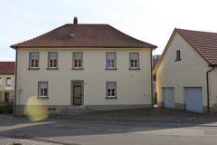 Freestanding 5 BR house with 2 garages in Ramstein, Germany