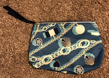 New Estée Lauder Makeup Bag with Chain Print in Fort Campbell, Kentucky