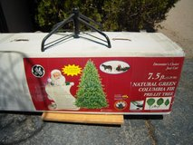 7.5 ft pre lit Christmas Tree in 29 Palms, California