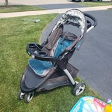 Graco Click-Connect Stroller in Chicago, Illinois