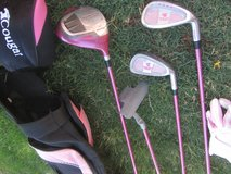 Girls right hand Golf Club set in Fort Bliss, Texas