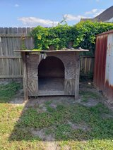 large wood dog house and other items in Moody AFB, Georgia