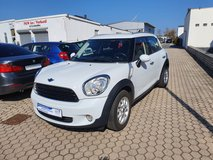 2011 Mini Cooper Countryman*LOW KM 68000 mils only** NEW INSPECTION * in Spangdahlem, Germany