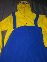 Minion onesie - adult XLarge in The Woodlands, Texas