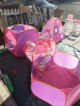 5 Piece Tent, Tunnel And Ball Pit Set in Nellis AFB, Nevada