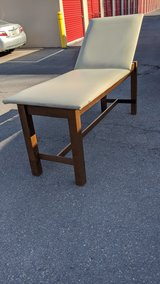 Solid Beauty/massage table in Fort Bliss, Texas