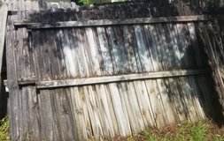 WANTED: 6x8 or larger wood fence panels in Plainfield, Illinois