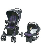 Graco Comfy Cruiser Travel System in St. Charles, Illinois