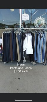 Men's Jeans and Clothes in Fort Leonard Wood, Missouri