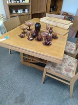 Contemporary Style Table, 6 Chairs, 1 Leaf and Pads in St. Charles, Illinois
