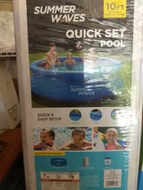Intex style Summer Wave quick set 10 foot pool in Plainfield, Illinois