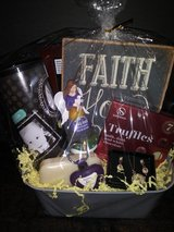 Gift basket in The Woodlands, Texas