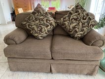 Comfy love seat in great condition in Ramstein, Germany