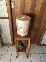 Vintage style container in Glendale Heights, Illinois