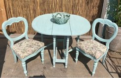 Antique Table & Chairs in Vacaville, California
