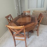 Table with 4 Chairs in Bolingbrook, Illinois