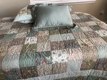 Twin reversible quilt in St. Charles, Illinois