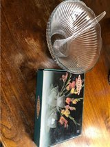 Glass punch bowl w/ ladle & 12 pc glass set in Travis AFB, California
