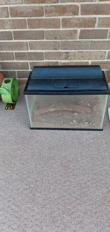 Reptile\Turtle\snake Aquarium with light in Fort Knox, Kentucky