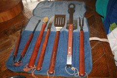 Williams Sonoma grilling set in Glendale Heights, Illinois