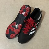 Adidas Kids Goletto Soccer Cleats Size 7 EUC in Vacaville, California