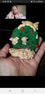 Pig wreath knickknack with music in Travis AFB, California